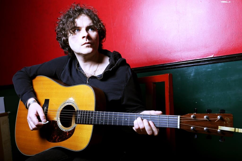 Paddy Casey at Backstage Theatre